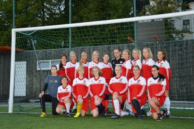riga united ladies first photo shoot
